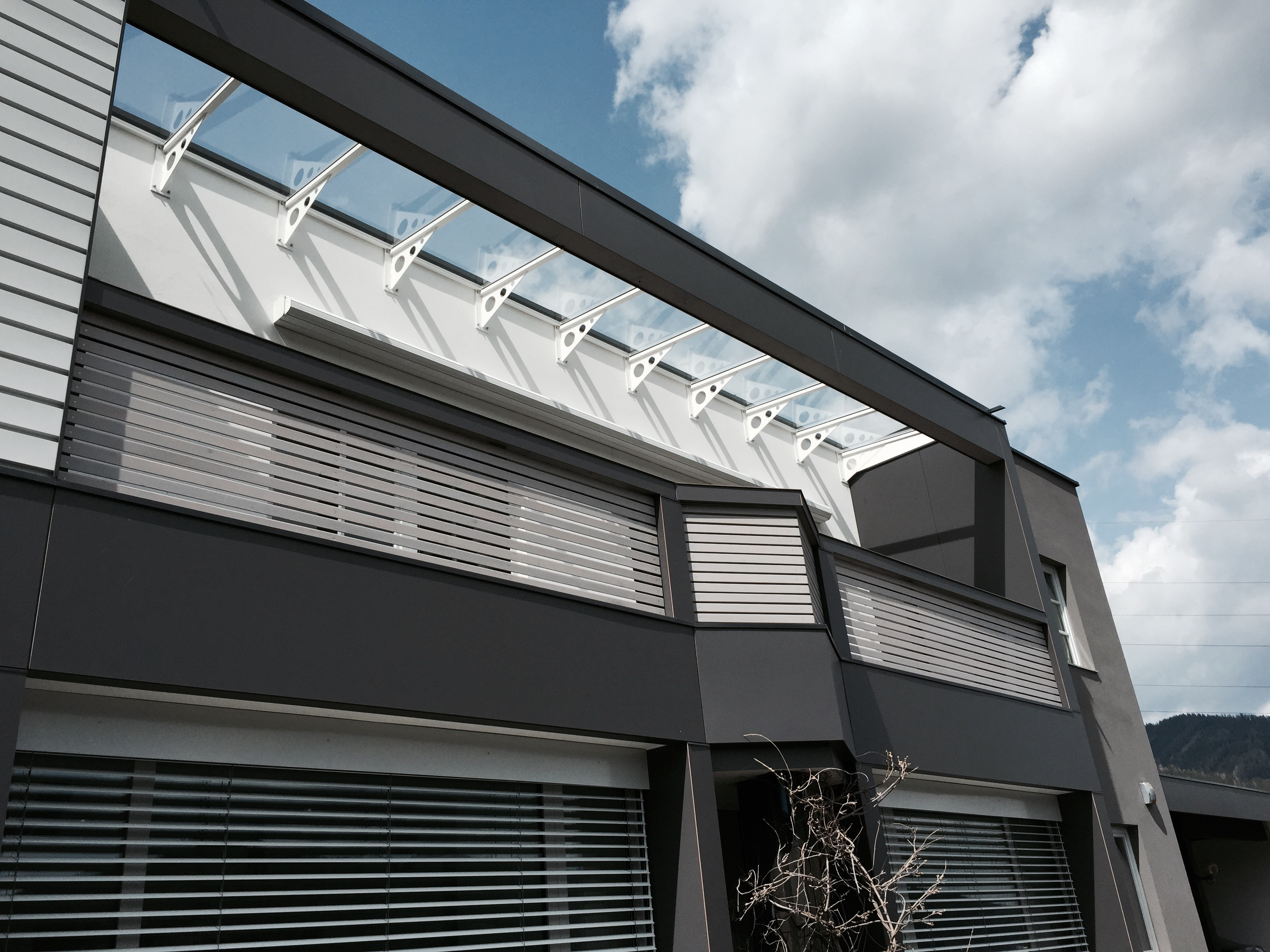 Metall überdachung glasverbau metall überdachung graz centrolux montage